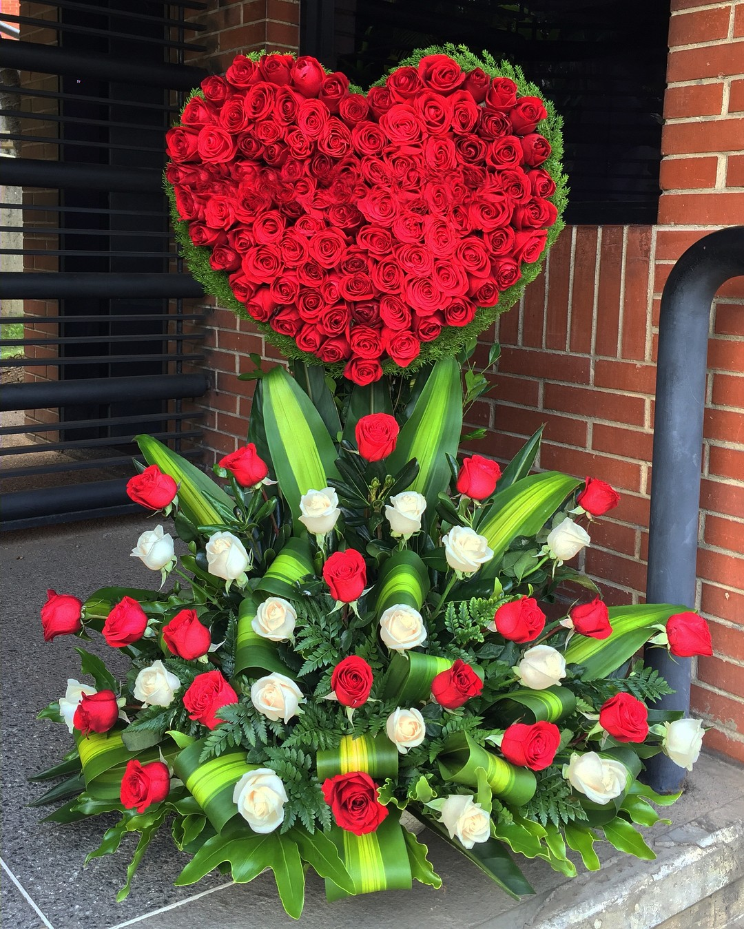 8 Super Corazon De 200 Rosas